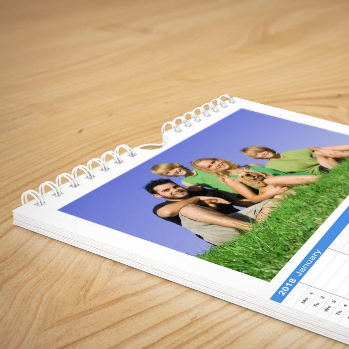 Familienplaner mit eigenen Fotos