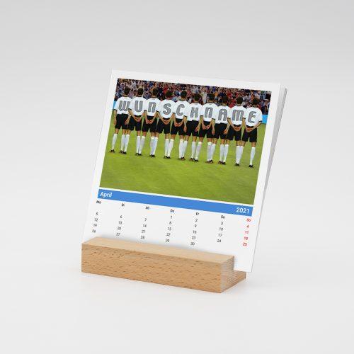 Namenskalender-Holzfuss-Fussball